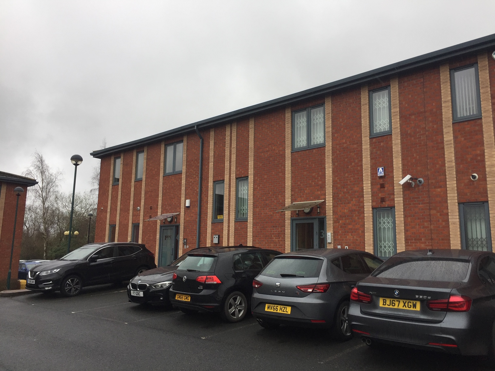 3 Pendeford Place - Pendeford Office Park, Wolverhampton, WV9 5HD